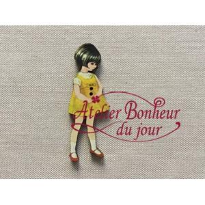 Bouton fillette robe jaune h 4.5 cm au bonheur du jour bois vintage rétro