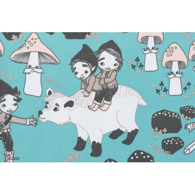 des lutins, des ours, des champignons à moustaches dans ce jersey bio woods, Design: Leena Renko pour lillestoff.