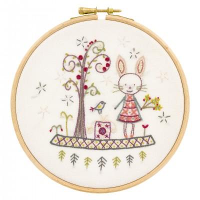 promenons nous dans les bois : KIT à broder lapin forêt