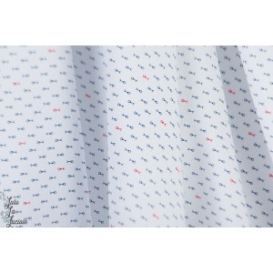 Popeline fine ''petits poissons'' chemise homme graphque blanche