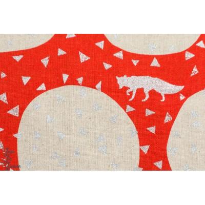 tissu japonais Silver Foxes, small triangles red,Echino DEN Pour Kokka , renard sur fond rouge