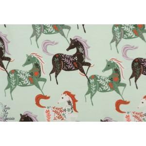 Jersey chevaux gris et vert sauvage graphique animaux