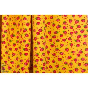 jersey fraise fond jaune retro graphique fruit vintage