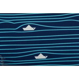 Softshell bateau sur l'eau