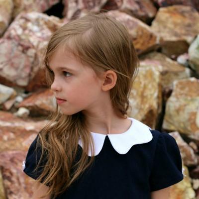 Patron  couture fille robe TINNY en Anglais tourne mode straightgrain