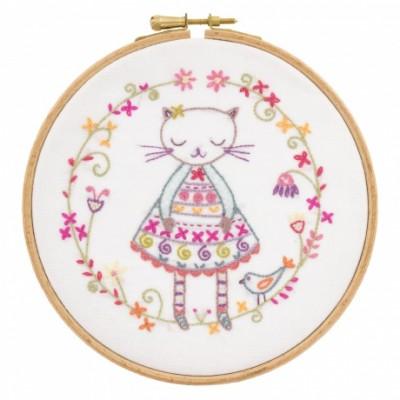Violette la Minette : kit à broder un chat à l'aiguille